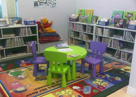 childrens_shelves